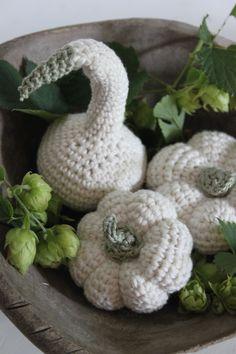 Pompoenen haken - Crochet pumpkins - Scheepjeswol Softfun - Gratis patroon van Inhaken