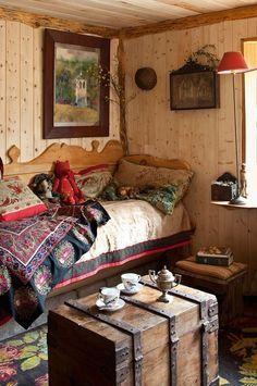 House Boho Style Decor Ideas For 2019 Trendy Bedroom, Cozy Bedroom, Bedroom Storage, Bedroom Ideas, Bedroom Decor, Cama Vintage, Decoration Shabby, Rustic Bedding, Bedroom Rustic