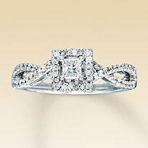 14K White Gold 1/2 Carat t.w. Diamond Engagement Ring