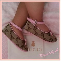 Gucci Baby Shoes! Yes Please!