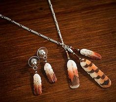 7862323500:Hand-carved Feather Jewelry Set