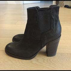 "Barneys NY Brushed Suede Black Ankle Booties 6 Barneys NY Brushed Suede Bootie Size 36/6. Color Black. Condition Excellent. A bit tight on my wide foot. 3"" stacked heel. Natural brushed look as some of the Suede is shinier than rest of shoe. Minor scuffing on boot. Made in Italy. No box. Barneys NY Shoes"