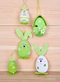 Zelené vajíčko - domeček, velikonoční závěsná dekorace s propracovanými detaily - Vaše DEDRA - oficiální stránky Easter Ideas, Happy Easter, Crafting, Christmas Ornaments, Holiday Decor, Cards, Home Decor, Crafts, Bricolage