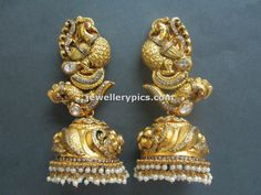 The most beautiful jhumkas/buttas i've come across!