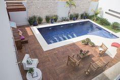 """2,173 curtidas, 48 comentários - Reforma da casa (@reformadacasa) no Instagram: """"Inspiração para a piscina! ✨Tô pesquisando pisos para toda a área em volta da piscina e pedras para…"""""""