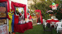 CarnEvil backyard Halloween 2015 my own props Scary Carnival, Scary Circus, Haunted Circus, Halloween Circus, Carnival Themes, Theme Halloween, Circus Theme, Halloween 2015, Circus Party