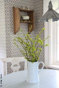 nordingården Swedish Interior Design, Scandinavian Interior, Home Interior, Scandinavian Style, Interior And Exterior, Rustic Farmhouse Decor, Farmhouse Chic, Country Decor, Swedish Cottage