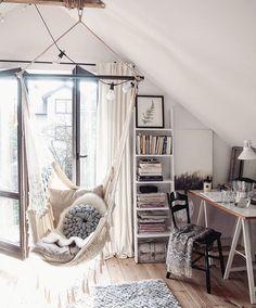 12 Unique Bonus Room Ideas for Your Home - Site Home Design Cute Bedroom Decor, Room Design Bedroom, Room Ideas Bedroom, Aesthetic Room Decor, Cozy Room, Dream Rooms, Luxurious Bedrooms, My New Room, Room Inspiration
