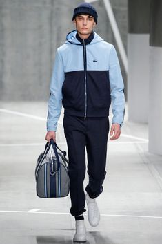 Lacoste Ready To Wear Fall/Winter 2015 during New York Fashion week. Fashion Week, Sport Fashion, Winter Fashion, Fashion Show, Mens Fashion, Fashion Design, Style Fashion, Fashion Trends, Lacoste Clothing