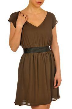 vêtements pour femmes Lady Dutch / Lady Dutch clothing for women Dutch Women, Fall Collections, Dutch Lady, Night Out, Chloe, Wrap Dress, Summer Dresses, My Style, Womens Fashion