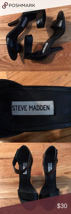 Steve Madden high heel Steve Madden high heel.  Size 8.  Worn to one indoor wedding. Not even used on the dance. Steve Madden Shoes Heels