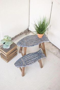 Set of 2 carved wooden fish stools – # carved # fish # set # stool # wood new apartment # woodworking – wood working projects tools Woodworking Projects Diy, Wood Projects, Woodworking Plans, Woodworking Classes, Woodworking Furniture, Woodworking Magazine, Garden Projects, Woodworking Articles, Woodworking Apron