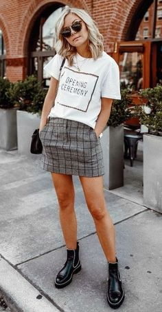 summer outfit. printed tee. plaid skirt. ankle boots. street style.