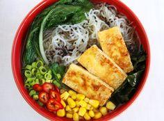 Ramen z makaronem konjac i smażonym tofu