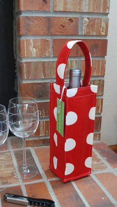 Fabric Wine Bottle Tote / Bag / Carrier / by EpidendronDesigns, $15.00