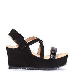 Sandalia lace up tacón Pedro Miralles en serraje negro y aplicaciones #madeinspain  #pedromiralles #flat #shoes #shoeporn #style #trends #ss16 #shoes #calzado