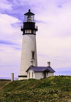 Newport Lighthouse by Val Valenzuela on 500px