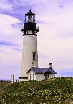 Newport Lighthouse by Val Valenzuela on 500px