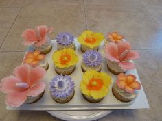 Flower cupcakes by Jill