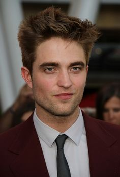 Robert Pattinson-Famous people suffering with Bipolar Disorder