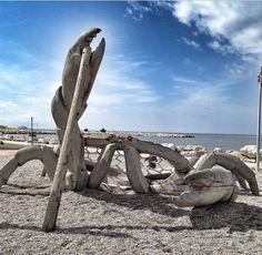 WHAT AMAZING PLAYGROUND ON THE BEACH OF MARSIGLIA! Playground Design, Greece, Around The Worlds, Playgrounds, Explore, Amazing, Beach, Unique, Kids