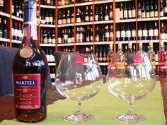 Ochutnajte Cognac alebo Brandy zo štýlových kalichov RONA. www.vinopredaj.sk .............................................. Unikátne produkty slovenských sklárov nakúpite u nás v predajni alebo v e-shope  link na produkty RONA: http://www.vinopredaj.sk/rona-sklo-pohare  #rona #sklo #kalich #cognac #eshop #inmedio #martell #pohar #glassware #ronaglass #ronasklo #slovensko #madeinslovakia #slovenskesklo #konak #vsop #brandy #predajna #obchod #ochutnaj #taste #napojovesklo