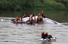 """A Pilot of the TransAsia Airways Flight 235 said """"mayday, mayday, engine flameout"""" moments before the propjet banked sharply and crashed. Transasia Airways, Taiwan, Rio, Aviation News, Water Safety, International News, Jet Ski, Water Crafts, Two By Two"""