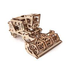 Model construction kit - Farm Combine Harvester - Moving mechanical 3D puzzle