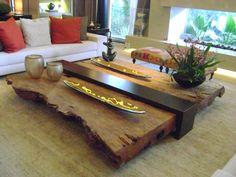 Mesa de centro em madeira natural