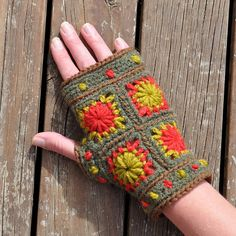 Mini Wheels of Fortune Mittens. No Pattern, but great photo, could probably play with it a bit and figure it out.