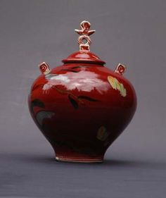 lidded jar, copper red by Glenn Burris Pottery
