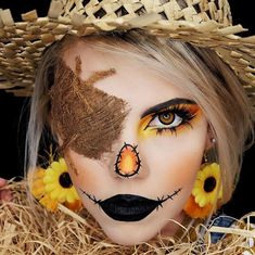 Mystery yellow colored eye contacts encourage you to face difficulties without fear and to pursue with braveness, delicate figures and fashion style, mystery yellow is definitely the one you can't miss. Halloween Costumes Scarecrow, Scarecrow Makeup, Amazing Halloween Makeup, Halloween Eyes, Theme Halloween, Halloween Makeup Looks, Halloween Costume Makeup, Scarecrow Face Paint, Makeup Tutorials