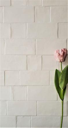 Colorful Home Decor Best Tiles For Kitchen, Kitchen Tile Diy, Modern Farmhouse Kitchens, Farmhouse Kitchen Decor, Master Bath Tile, House Tiles, Attic Bathroom, Handmade Tiles, Loft