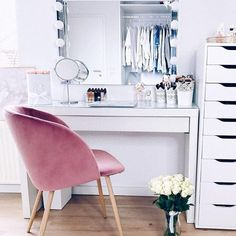 Frau Fashion style modern decoration  #algerie #chamber #chambrebebe #cuisine #decoraçao #decoracaoinfantil #decorationchambre #decorationdinterieur #decorationideas #decorationinterieur #decorationmariage #decorationmurale #decorations #decorationsalon #decorationstyle #fashiondecoration #fashionmade #fashionphotography #fashionstylemoderndecoration #fashionweek #homedecoration #inspiration #instagramers #lovethem #loveyou #mada #modestyle #sale #salle_de_bain #salon Dog Food Recipes, Cooking Recipes, Some Love Quotes, Free Facebook Likes, Sweet Home, Get Gift Cards, Easy Food To Make, Modern Decor, Architecture Design