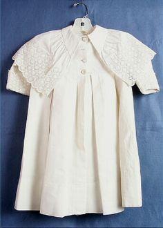 1891 Lacy caped coat