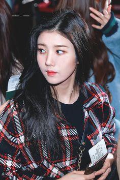 181130 GMP departure (to Japan) Yuri, Korean Celebrities, Celebs, Fandom, Japanese Girl Group, Woollim Entertainment, Kim Min, I Love Girls, The Wiz