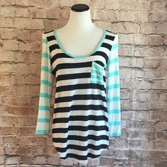 t. la Striped Tee t. la Striped Tee. Great condition. Large. t. la Tops Tees - Short Sleeve