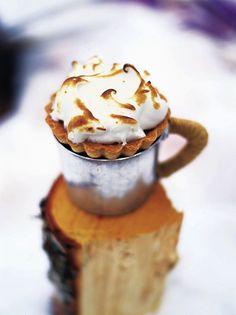 http://www.jamieoliver.com/recipes/fruit-recipes/baked-alaska-mince-pies/#VOG1wAAIDW7kSkl5.97