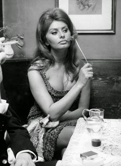 Glamourous | Sophia Loren