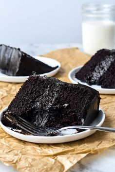 darkest chocolate cake, scroll towards bottom for the Dark Chocolate and Chocolate mascarpone buttercream cake recipe Dark Chocolate Cakes, Chocolate Buttercream, Chocolate Cheesecake, Mascarpone Buttercream Frosting Recipe, Frosting Recipes, Cake Recipes, Dessert Recipes, Let Them Eat Cake, Just Desserts