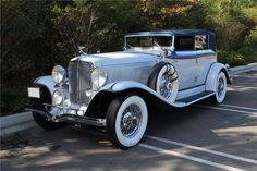 1932 AUBURN 12 160A CONVERTIBLE SEDAN - Barrett-Jackson Auction Company - World's Greatest Collector Car Auctions