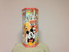 Mickey Mouse tin by Lotus (cookies)