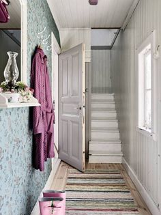 Summer at this charming Swedish cottage? (my scandinavian home) Home Interior Design, Interior Decorating, Decorating Ideas, Decor Ideas, Swedish Cottage, Up House, Scandinavian Interior, Coups, Interior Inspiration