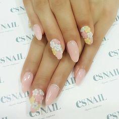 #nail#nails#nailart#naildesign#esnail#esnail_shibuya#gelnail#ネイル#エスネイル#ジェルネイル#3dnails#3d#flower#pink#pastelcolor #simplenail