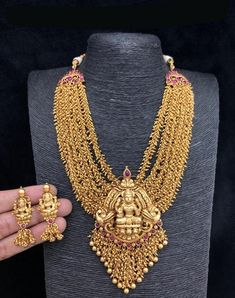 #aashkaanya #bridaljewellery #indianjewellery #indianwedding #jewellery #designerjewellery #womenfashion#kundanjewellery #weddingjewellery #indianbride #earrings #traditionaljewellery #onlineshopping #indianfashion #jewelry #wedding #bride #polkijewellery #necklace #kundan #diamond #fashionjewellery #bridal #indianjewelry #artificialjewellery #kundannecklace #accessories #bollywood #wedmegood #imitationjewellery #jhumkas #fashion #southindian #southindianfashion #southindianbride