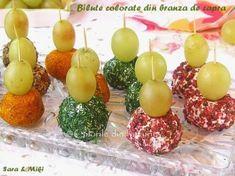 Aceste bilute colorate din branza dau culoare platourilor de aperitive pentru mesele festive. Reteta este flexibila dupa gustulfiecaruia, dar ca bilutele sa aiba un aspect frumos trebuie sa…