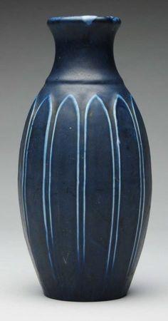 Hampshire Pottery Arts & Crafts Vase. : Lot 988