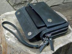 Black Leather Wrist Bag + Leather Clutch Bag + Handmade Wristlet + Cell Phone Case + Leather Wrist B Man Clutch, Leather Clutch Bags, Black Leather Handbags, Leather Wallet, Cowhide Leather, Leather Men, Leather Craft, Zip Around Wallet, Document Holder