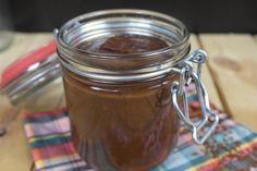 Bananen chocopasta - Monique van der Vloed Peanut Butter, Mason Jars, Snacks, Pudding, Mugs, Breakfast, Tableware, Desserts, Recipes