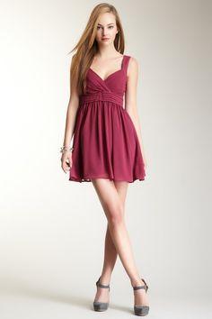 Pleat Sleeveless Dress